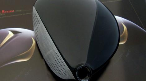 画期的な構造のドライバーヘッド、エポンAK-26